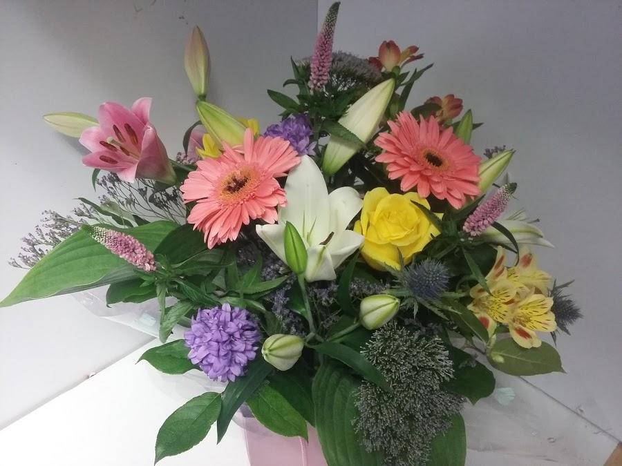Flowers by Canatara