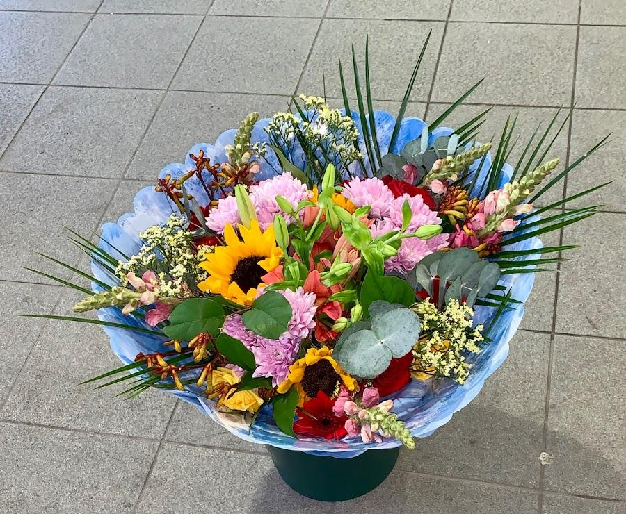 First Class Flowers