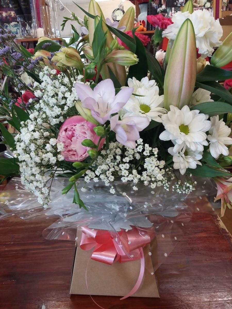 Pats Flowers (Hailsham)