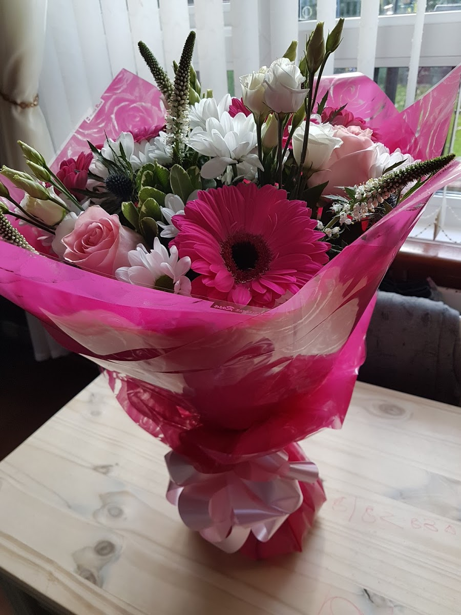 Fantasia Florists 0191 276 6665 Trusted Florist In Newcastle Upon Tyne