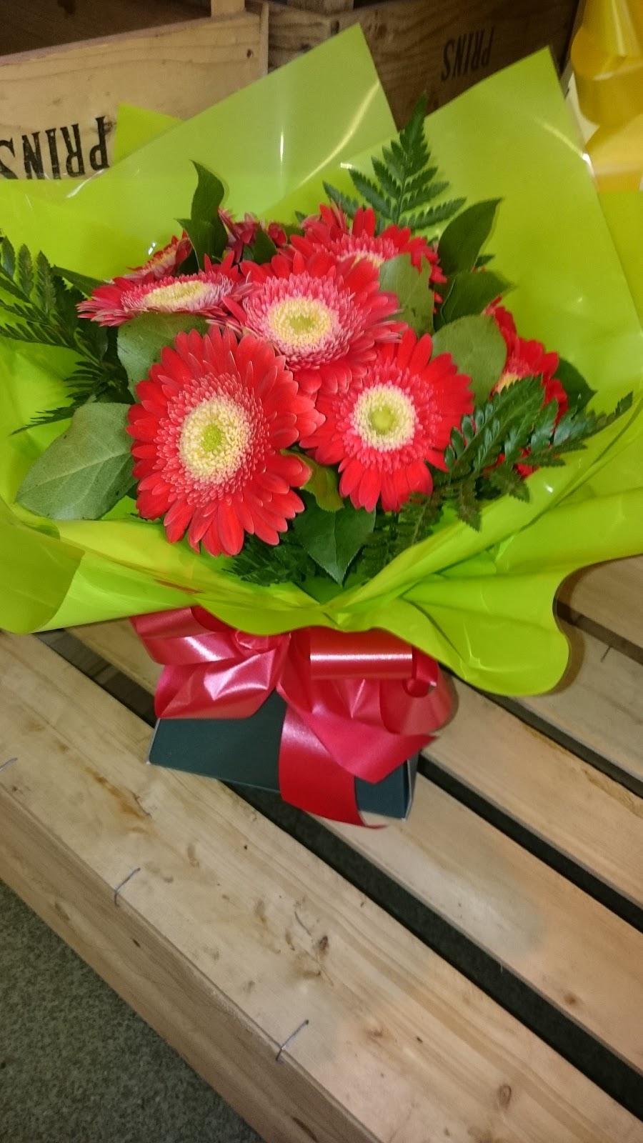 Flowers by Samantha Jane